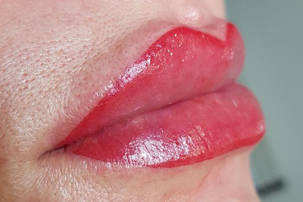 Studio Black Beauty | huulet